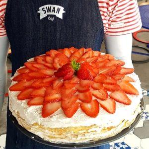 "Swan Café crêpe cake ""mille"" cake"